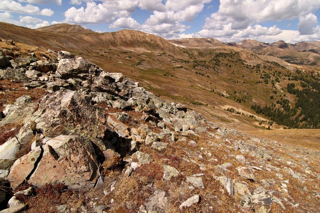 Hiking near Loveland Pass<br>Summit County, Colorado<p>Camera: Canon EOS Rebel T1i<br>Tokina 11-16 mm lens