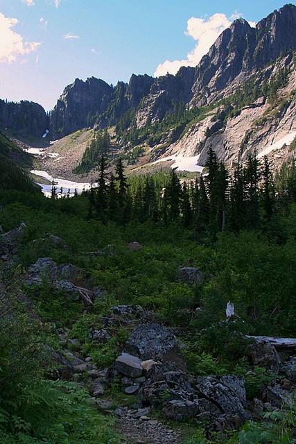 Basin along Sunrise Mine Trail<br>Mt. Baker-Snoqualmie National Forest<br>Washington State<p>Camera: Canon EOS Rebel T1i<br>Tamron 28-300mm VC lens