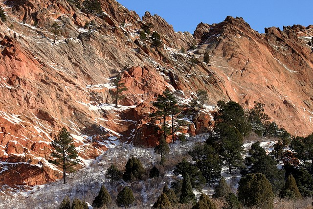 Garden of the Gods<br>Colorado Springs, Colorado<p>Camera: Canon EOS Rebel T1i<br>Canon 55-250mm IS lens